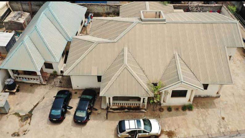kubwa bungalow 7733